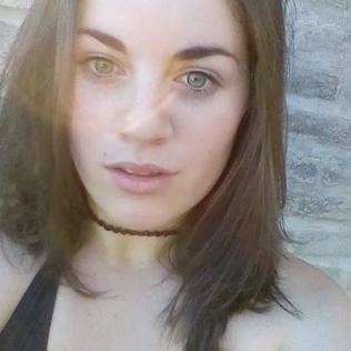 Lucia827