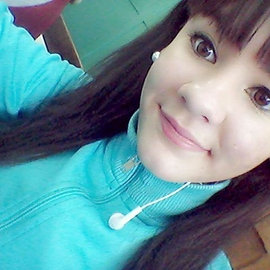 Agustina_Gomez